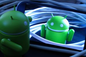 Android mascot on smartphone screen